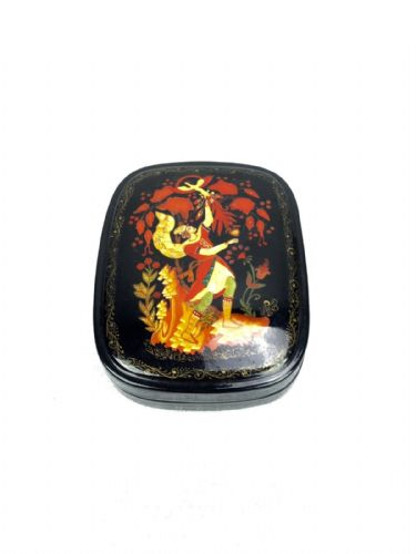 Russian Lacquer Box / Trinket Box / Lacquered Collectable Vintage - 222854107038